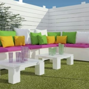 Lavish Lawns Plush room shot 600x450