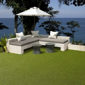 Lavish Lawns Summer room shot 600x558