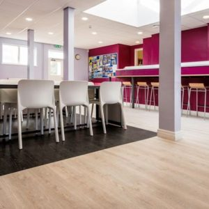 Polyflor Affinity Champagne Oak Gallery